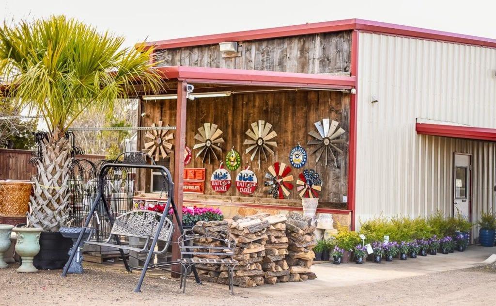 Ennis, Texas Garden Gifts Store