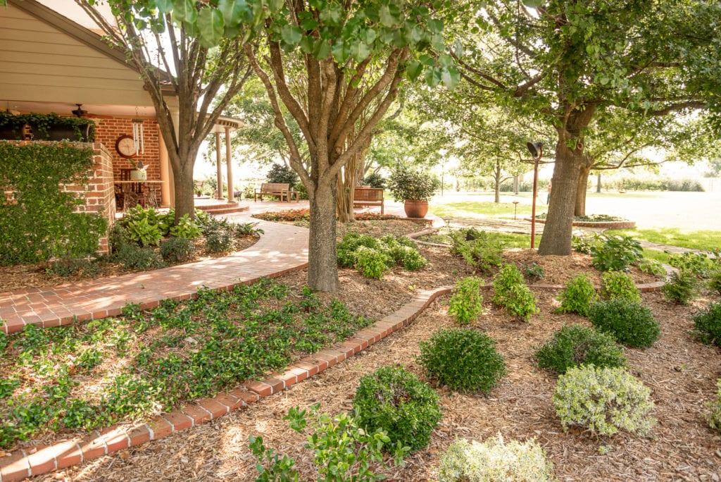 Corsicana, Texas Landscape Design